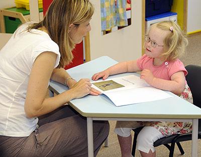 أساليب تعليم أفراد متلازمة داون